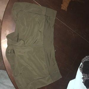 Lulu speed up shorts size 8
